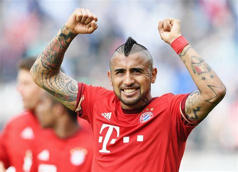 chelsea transfer news arturo vidal agent approached by
