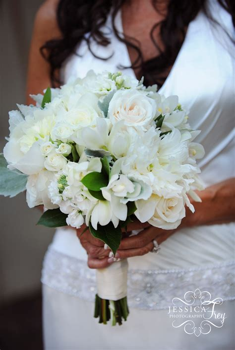 Wedding Party And Bridal Bouquet Flower Ideas Austin