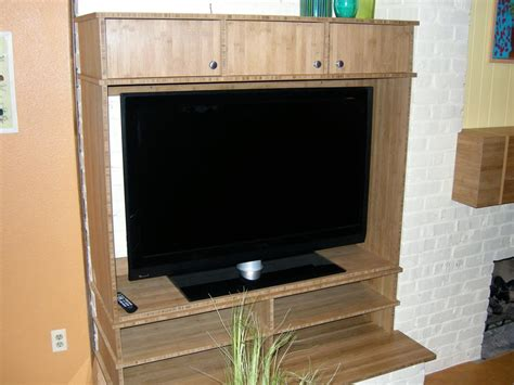 build  entertainment center   day hgtv