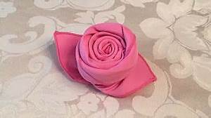 Servietten Rose Falten : servietten falten rose bl te blume einfache diy tischdeko basteln hochzeit youtube ~ Eleganceandgraceweddings.com Haus und Dekorationen