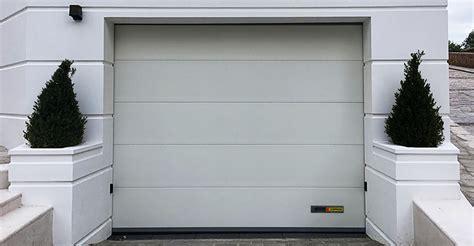 Portoni Sezionali Garage by Kopron Capannoni Coperture Baie Di Carico Portoni