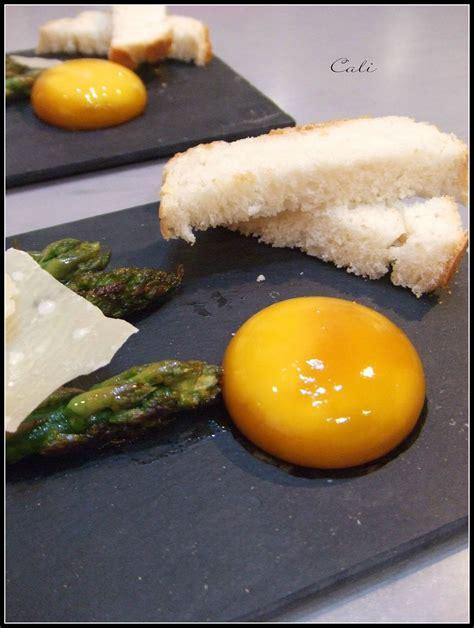 cuisiner oeufs jaune d 39 oeuf marine au soja asperges rôties sauce