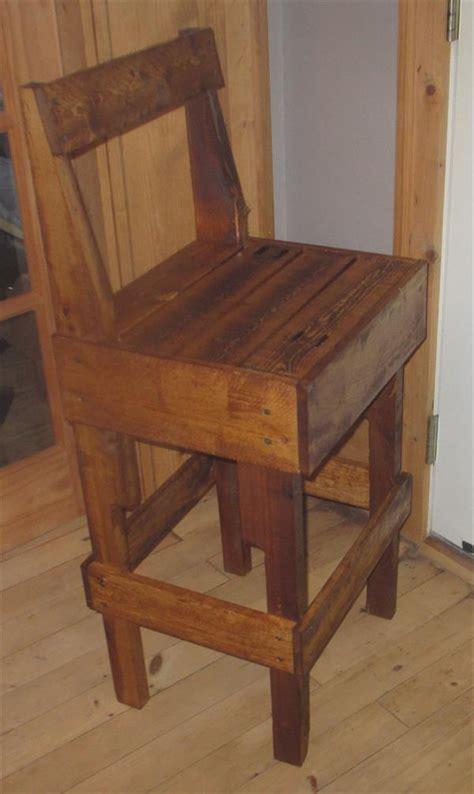 diy pallet stool  backrest pallet furniture plans