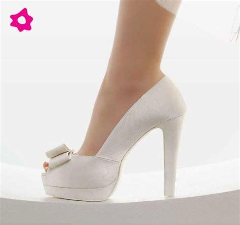 Scarpe col tacco scarpe di tacchi alti stiletti scarpe con tacchi a spillo. Scarpe Da Sposa Tacco Altissimo / Sandali Sposa Bianchi ...