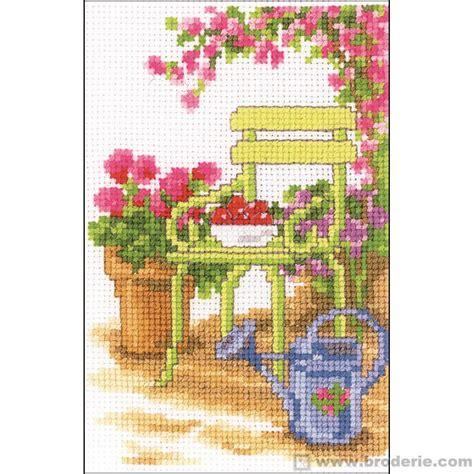 chaise de jardin la maison du canevas et de la broderie