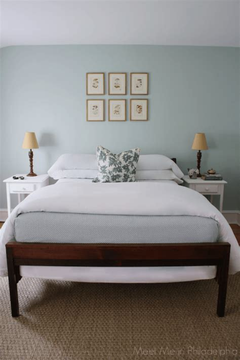Is Gray A Color To Paint A Bedroom by 8 Best Blue And Green Blend Paint Colours Sw And Bm