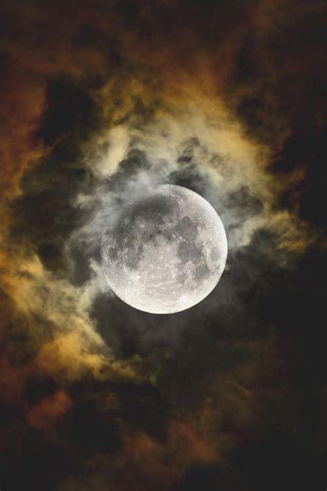 pourquoi la pleine lune est  inspirante  jolies