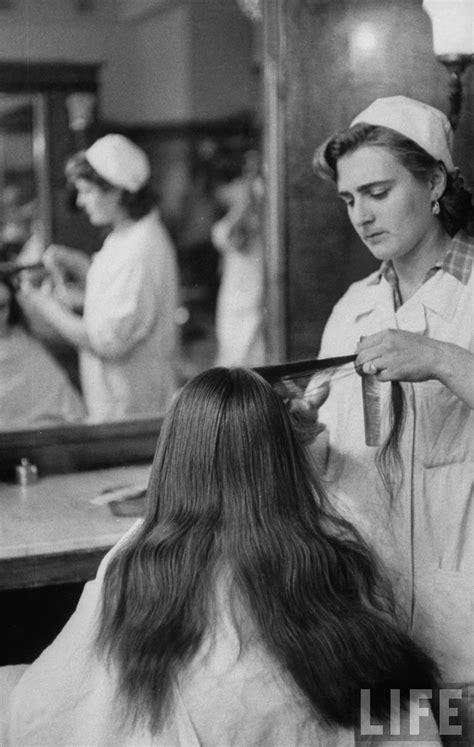 Old Photos: Feeling Pretty In A Soviet Beauty Salon