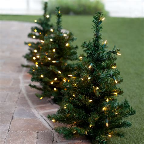 walkway pre lit christmas tree set of 3 at hayneedle