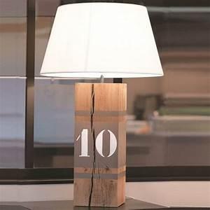 Lampe Design Bois : lampe bois naturel number xl diy id luminaires pinterest lampe de chevet chevet et lampes ~ Teatrodelosmanantiales.com Idées de Décoration