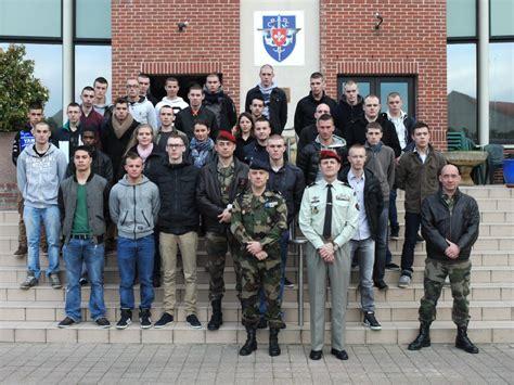 bureau de recrutement militaire chaque mois plus d 39 une cinquantaine de nordistes engagés