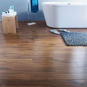 Parquet Stratifié Salle De Bain : choisir le sol pour la salle de bains castorama ~ Melissatoandfro.com Idées de Décoration