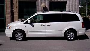 Carcompany   Chrysler Grand Voyager 3 8 V6 Touring White