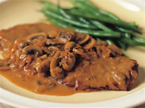 cuisiner un steak steak de veau aux chignons cookeo plat de viande avec