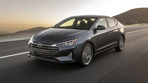 Refreshing Or Revolting 2019 Hyundai Elantra  Motor Trend