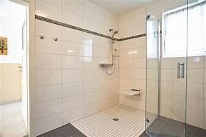 Ebenerdige Dusche Einbauen Kosten : ebenerdige dusche einbauen kosten dusche barrierefrei einbauen raum und m beldesign badewanne ~ Orissabook.com Haus und Dekorationen