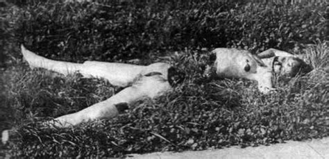 The Black Dahlia- Elizabeth Short is mutilated and cut in ...