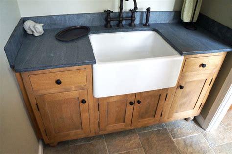 Rustic Bathroom Vanity-farmhouse-new York-by Amelia