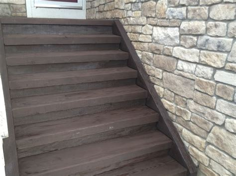cabot deck stain  semi solid cordovan brown  deck