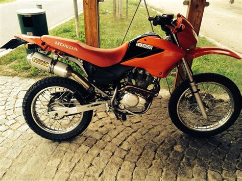 honda xr 125 l honda xr 125 l with arrow exhaust walk around and soundcheck