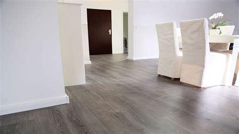 Vinylboden Wohnzimmer Dunkel by Ziemlich Vinylboden Gl 228 Nzend Www Parkettkaiser De Kaiser
