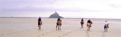 normandie d 233 couverte 224 cheval de la baie du mont michel une aventure randocheval