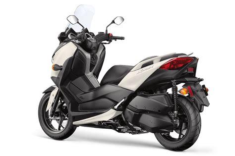 Gambar Motor Yamaha Xmax by Yamaha Xmax Motor Scooter Guide