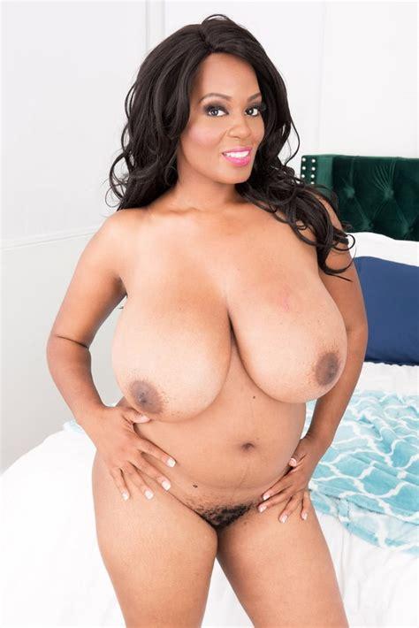 Amora Lee Sexy Big Tits Ebony Nude Pics Xhamster