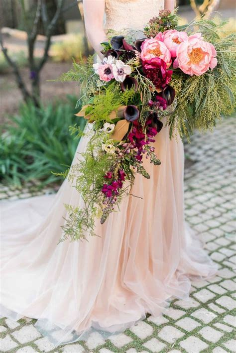 25 Best Ideas About Cascading Wedding Bouquets On