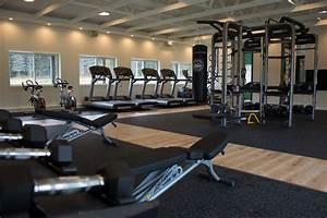 Fitness gym – Älypuhelimen käyttö ulkomailla