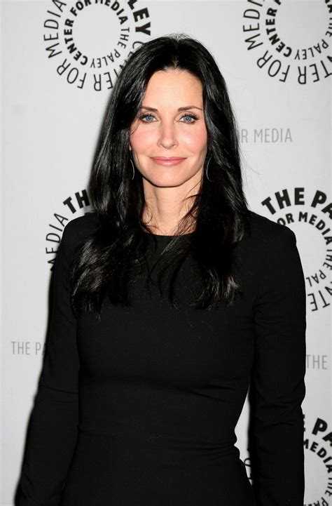 courteney   star  british comedy series daily dish