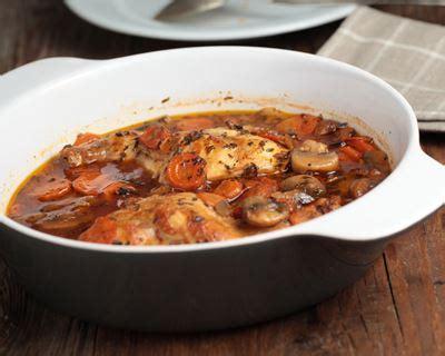 cuisiner un lapin en sauce recette lapin cocotte