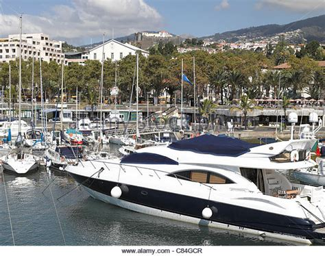 Sunseeker Boat Stock Photos & Sunseeker Boat Stock Images