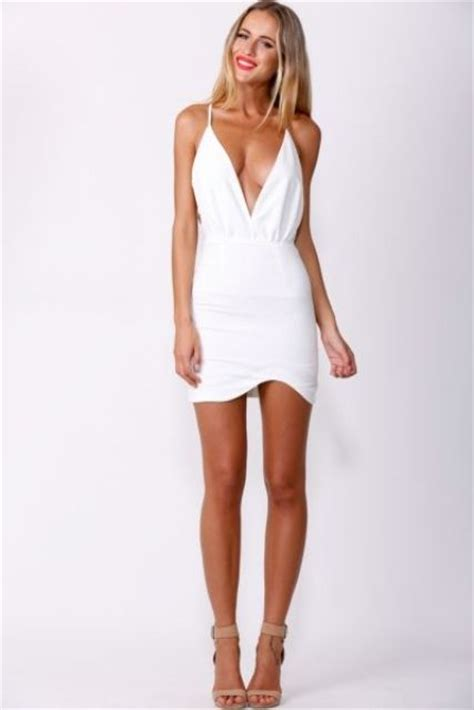 Picture Of sexy and chic summer party outfits for girls 11