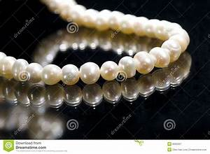 Pearl Necklace Royalty Free Stock Photography - Image: 9262007