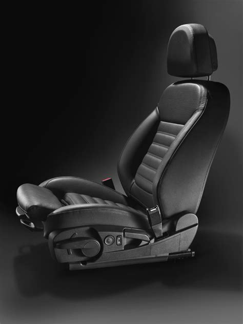 opel insignia receives seal  approval  ergonomic seats