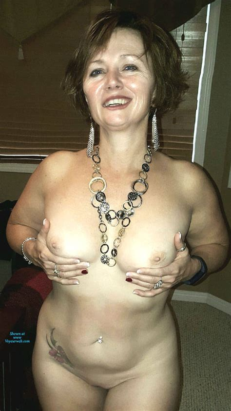 Wife Showing Her Sexy Body Preview November 2018