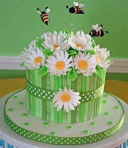 Daisy Cake - CakeCentral com