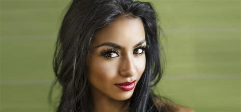 olive colored skin 17 best ideas about olive skin tones