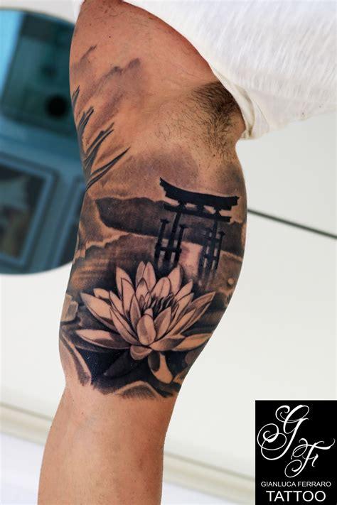 fior di loto tatoo tatuaggio realistico con fiore di loto by gianluca ferraro