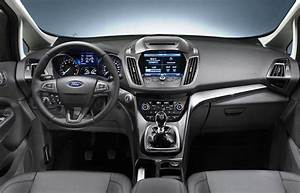 Ford C Max Interieur : how to maximize you re in car space using the practical ~ Melissatoandfro.com Idées de Décoration