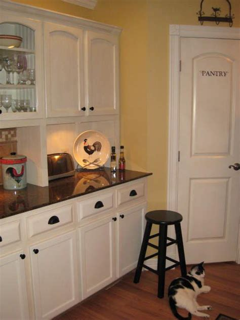 steps to paint kitchen cabinets step by step on painting and glazing my oak kitchen 8345