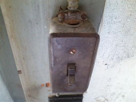 Question Conversion Garage Light Switch Box