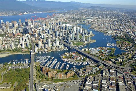 Boat Slips For Rent Vancouver by Vancouver Harbor In Vancouver Bc Canada Harbor Reviews
