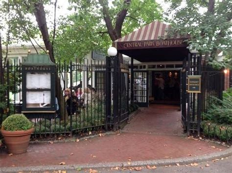 Central Park Boathouse Entrance by Boathouse Entrance Bild Fr 229 N The Loeb Boathouse At