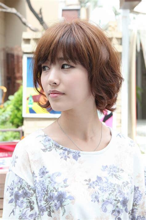 layered short asian bob haircut cute japanese hairstyles
