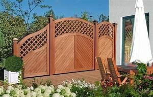 Sichtzäune Aus Holz : sichtschutzz une gartenz une behaglichkeit im eigenen garten ~ Watch28wear.com Haus und Dekorationen