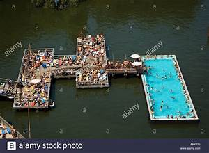 Pools In Berlin : badeschiff bathing ship public swimming pool river spree stock photo 15096881 alamy ~ Eleganceandgraceweddings.com Haus und Dekorationen