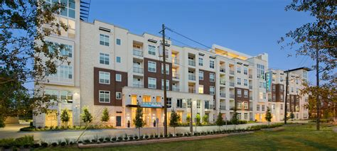 Appartments In Houston by Luxury Apartments Townhomes In Mid West Houston Tx