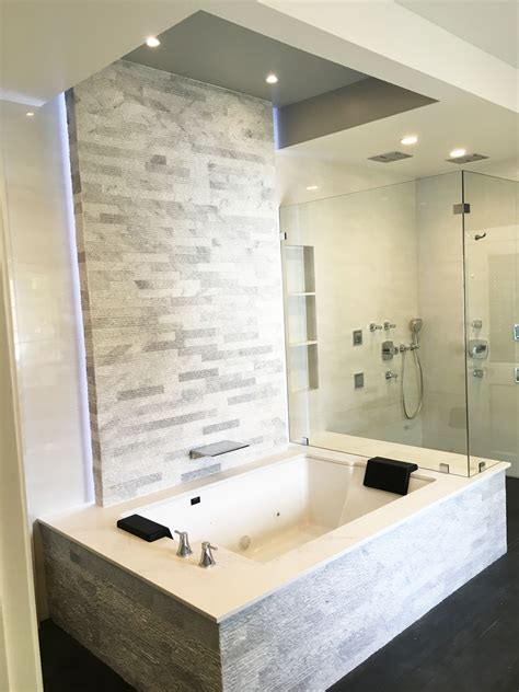 bathroom amazing classic lowes bath tubs